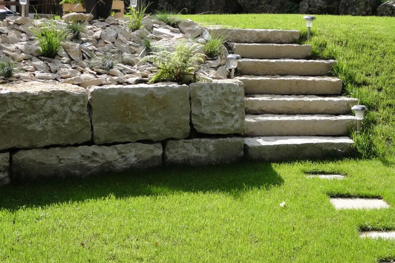 J n jardins naturels escaliers jardin lausanne Jardin en escalier